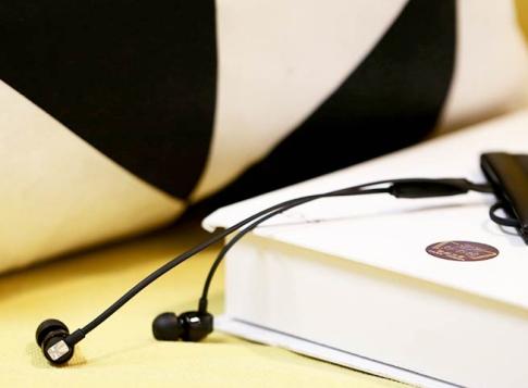 耳机什么牌子音质好(音质发烧友都在用的耳机品牌)(3)